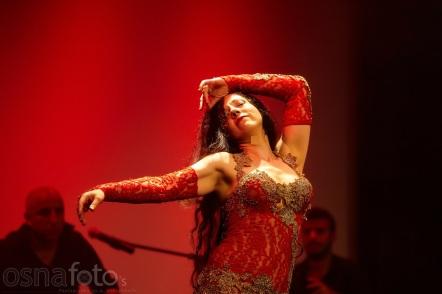 Amber tanzt live in der Award Show / 360° Orient - Festival