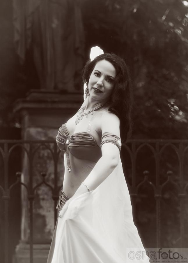 Amber, bellydance, oriental dance, bellydance berlin, Bauchtanz Berlin, Bauchtänzerin Berlin, Orientalische Tänzerin Berlin